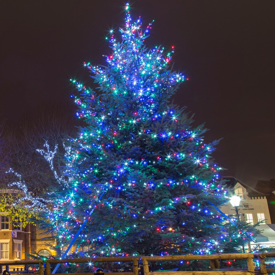 Chesterfield lights up for Christmas