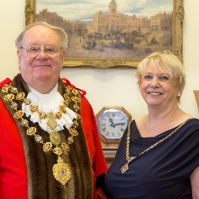 Behind the scenes tour of the mayor's parlour